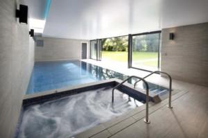 Pool build London